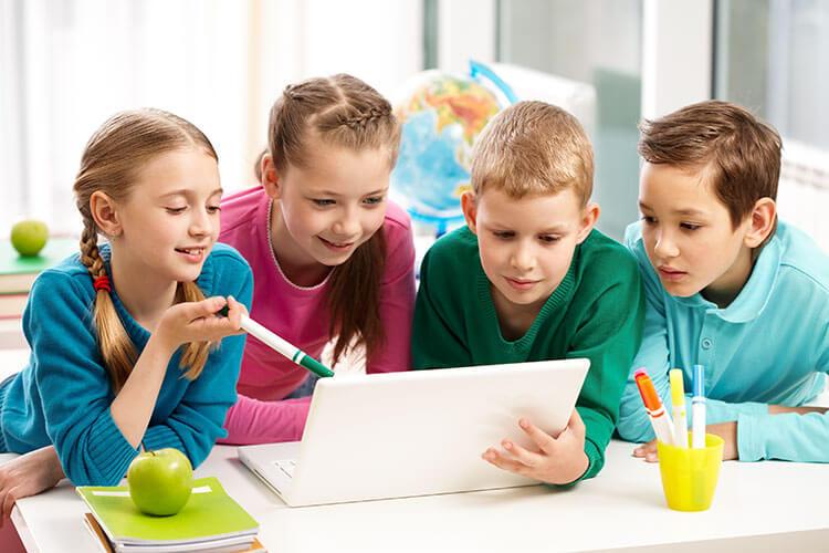 تعليم البرمجة لطفلكيحقق له النجاح والحصول على الثروة